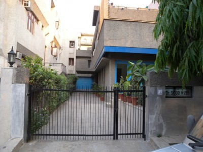 the private entrance of Dr. Sood